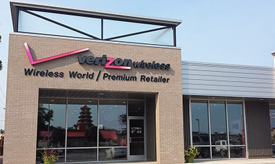 Wireless World - Verizon exterior